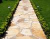 Садовая дорожка из природного камня
