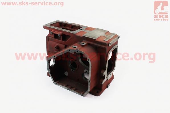 Блок двигателя, поршень 90мм, крышка правая 8отв., крышка левая 5отв., R190N +гильза+шпильки 4шт на двигатель дизельный R190N(NM)/R195N(NM)